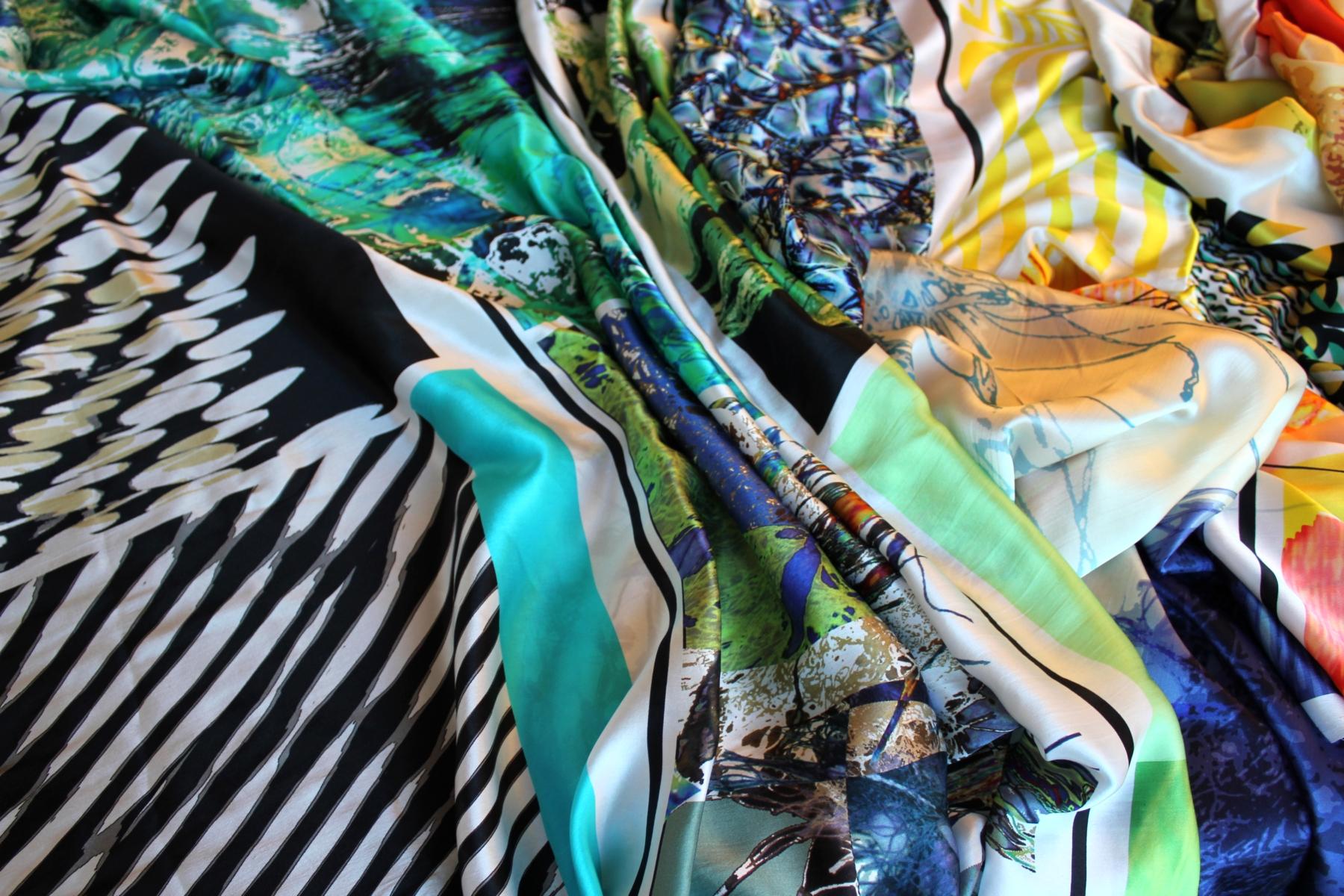 preview on textile design trends for fashion 2013 roberto alborghetti. Black Bedroom Furniture Sets. Home Design Ideas