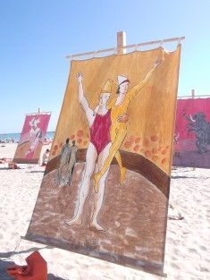 """ART GOES TO THE PUBLIC BEACH: THE INCREDIBLE """"TENTS AT THE SEA"""" IN CESENATICO (ITALY)"""