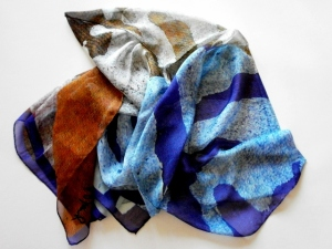© Roberto Alborghetti – LaceR/Actions – Limited-Edition Silk Scarves