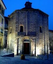© Photo by ROBERTO ALBORGHETTI - St. John Baptistery, Lenno, Lake Como, Italy (1) (529x640)