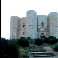 THE WONDERFUL CASTEL DEL MONTE (APULIA, ITALY) IN THE NEW ISSUE OF ACS MAGAZINE. CLICK AND READ...