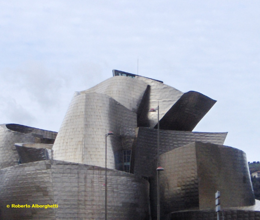 THE GUGGENHEIM MUSEUM IN BILBAO (SPAIN): SPECIAL MEASURES FOR REOPENING
