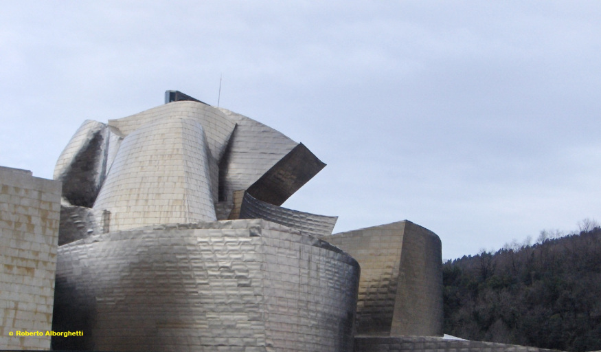 bilbao-spain-the-guggenheim-museum-6
